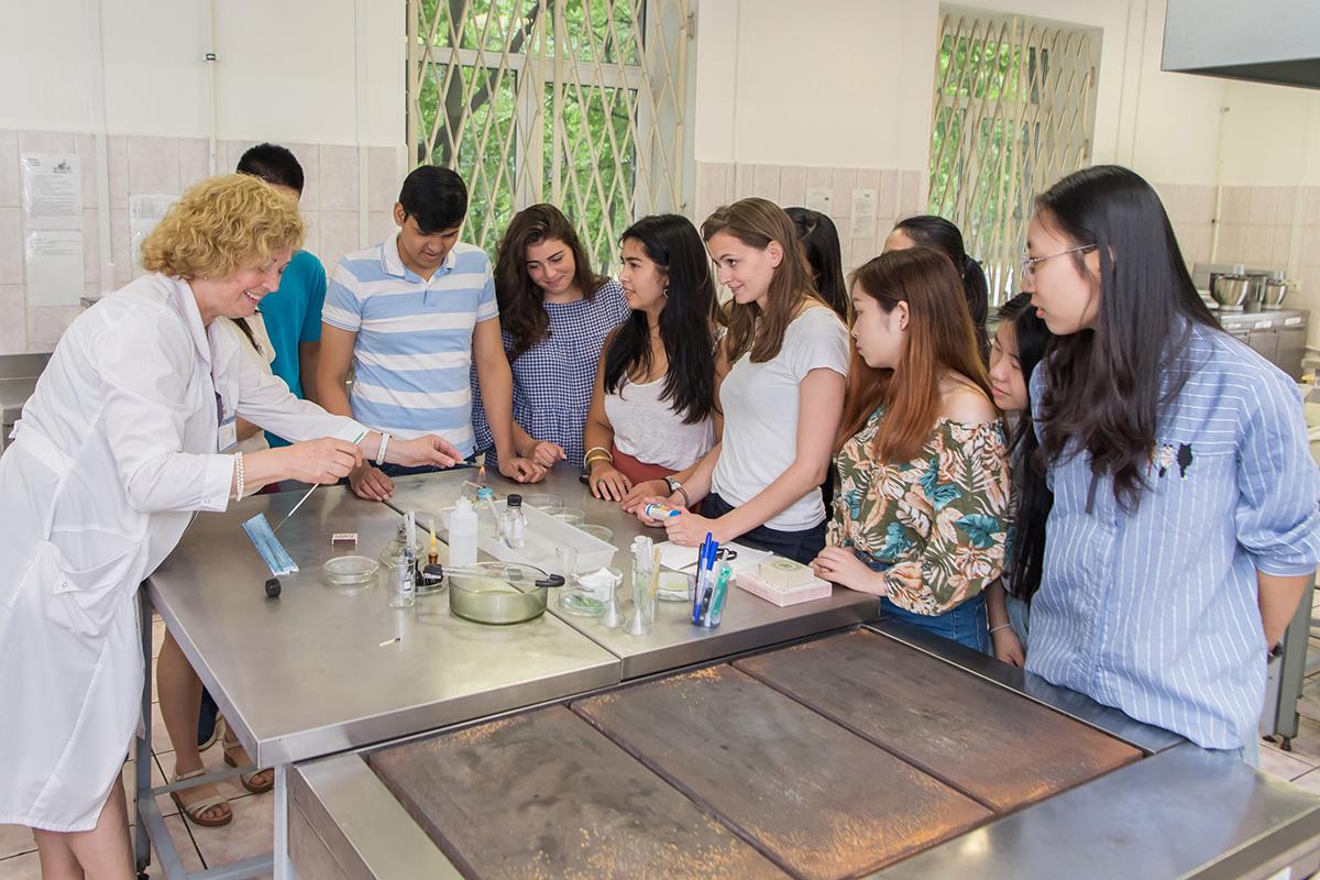 Students of the International Polytechnic Summer School Study Molecular Gastronomy